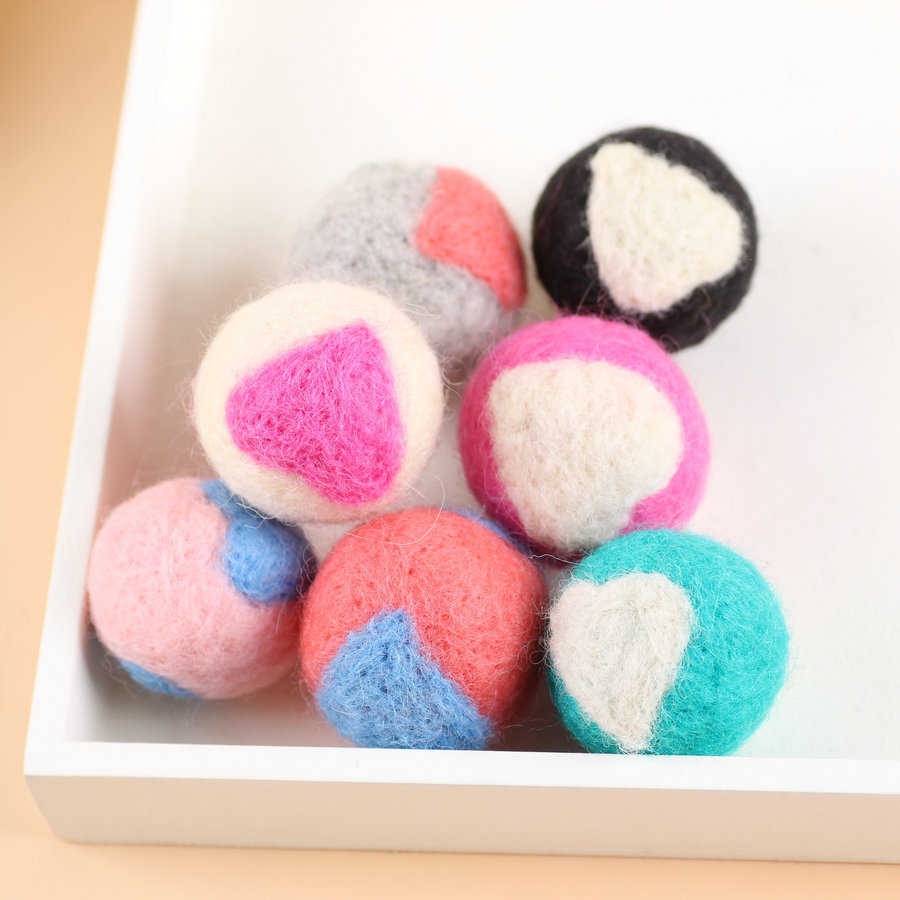 high quality wool felt ball/handmade felt balls felt balls
