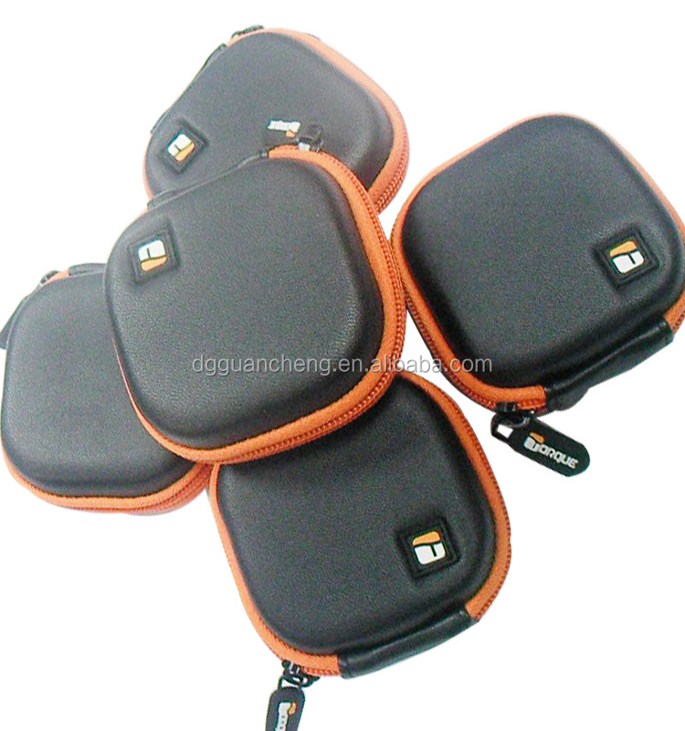 GC-- 0.9USD Rubber puller with Small Item PVC logo cute size eva headphone case