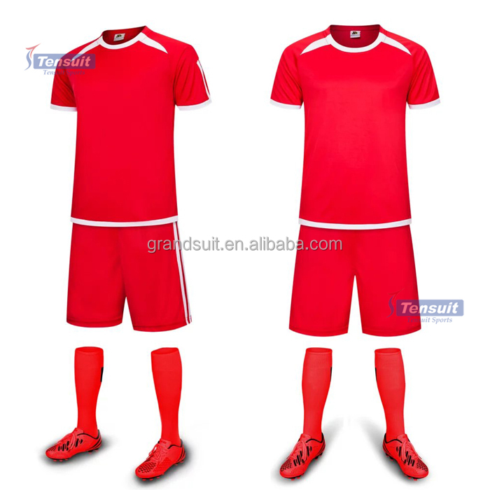 Year's sportswear wholesale cheap 100% breathe freely and sweat absorb soccer jersey set customize for any football team