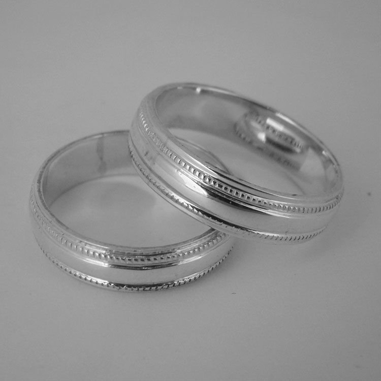 WEDDING BOND RING