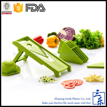 V-shaped adjustable vegetable grater
