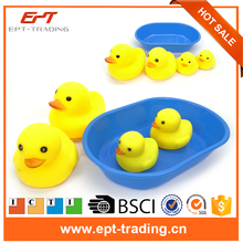 Crazy selling baby bath toy mini yellow rubber duck for sale