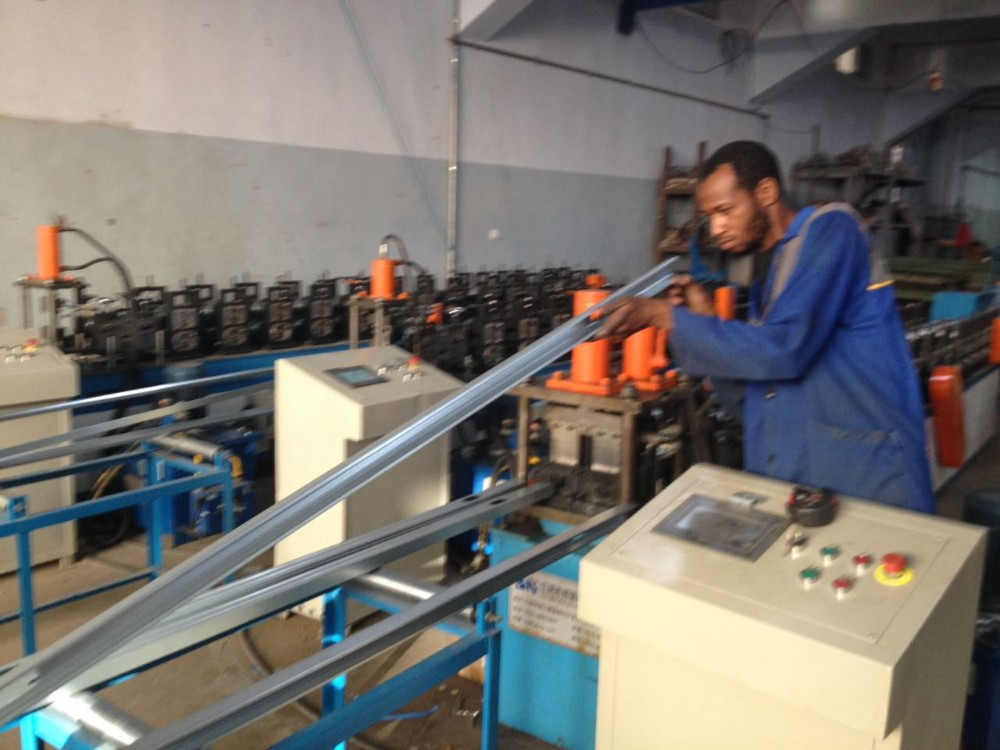 Cable tray roll forming machine machinery