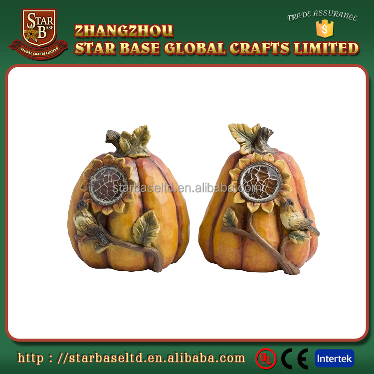 Custom lovely pumpkin eco-friendly resin ornaments funny halloween figurines