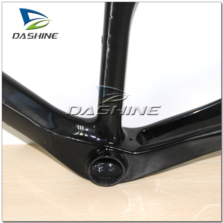Hot-selling 700C light frame bike full carbon fiber frame t700 bicycle frames from china