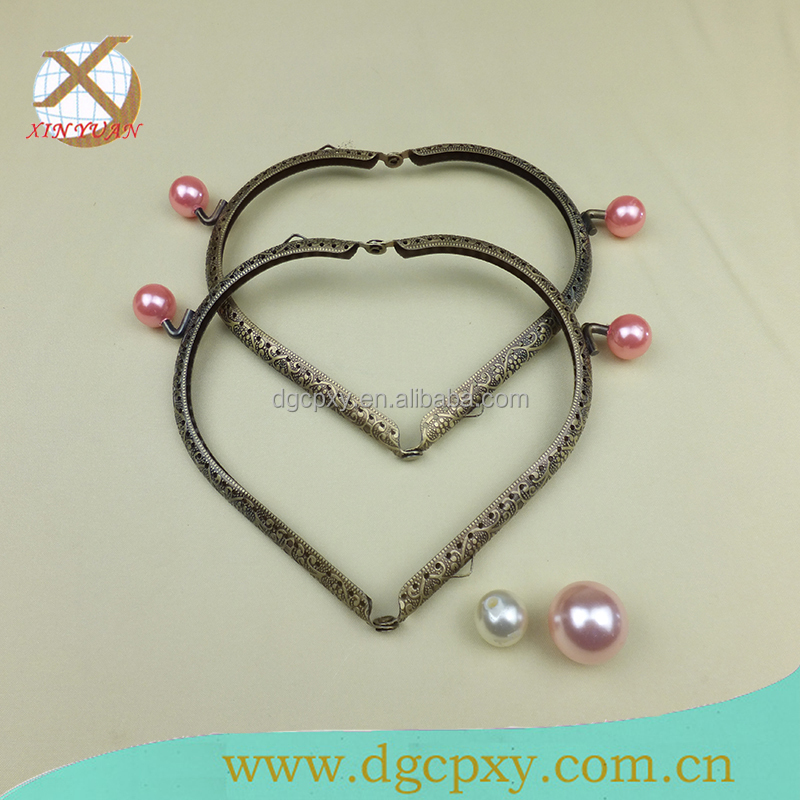 Beautiful heart-shape purse metal frame with lovely beads