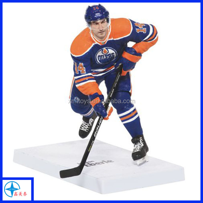 resin vivid hockey player figurine for home decor