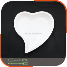 Heart-shaped melamine plate