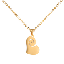 Cheap Simple Heart Design Saudi 18K Gold Chain Jewelry Custom Initial Women Charm Necklace