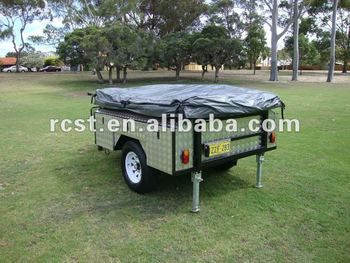 camper trailer with side cabinet