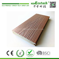Anti-cracking co-extrusion plastic wood composite deck floor
