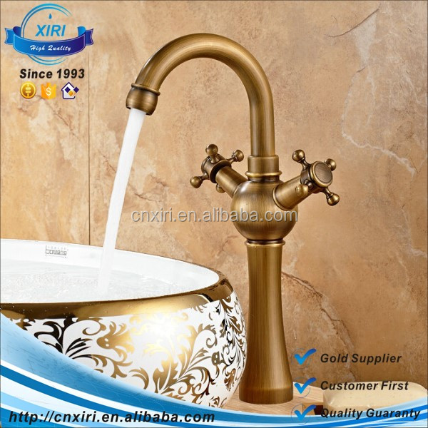 Antique Brass Basin Faucet Mixer Tap Dual handle basin hot and cold faucet AF1009