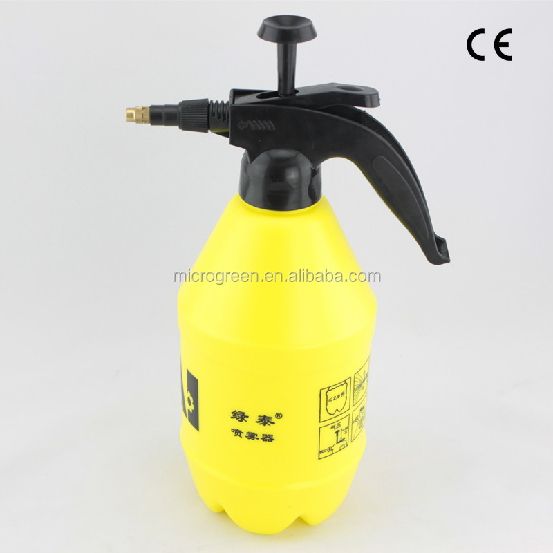 2Litre Plastic Sprayer Bottle Garden Tools Pump Sprayer