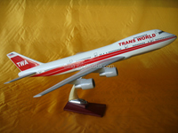 Gifts &Crafts Resin plane model Boeing B747