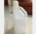 OEM Customize Blow Molding Plastic HDPE Jerry Can ,Oil Container , 5L/10L/5 gallon Fuel Can