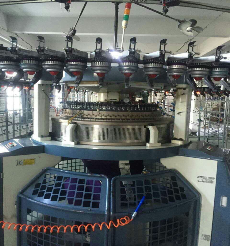 double jacquard knitting machine