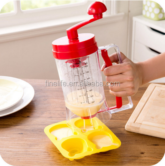 Mixes and dispenses directly to the griddle hand-crank blender manual kitchen baking tool pancake machine batter dispenser