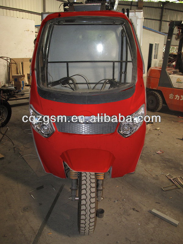 semi cabin tricycle/cargo three wheeler