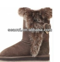 grace dress boots with fur material