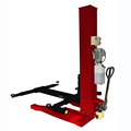 Completely mobile single post parking lift with 2500kg lifting capacity