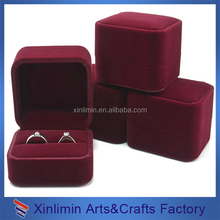 Luxury red square shape velvet ring box for jewelry