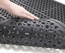 perforated rubber mats
