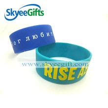 Cheaper Silicone Bracelets with Hole Plastic Button Buckles