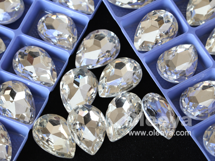 Full Sizes 100 pcs Oval Shape Loose Rhinestone in Bulk Wholesale Glass Point Back Crystal Stones for Rhinestone Band Decoration