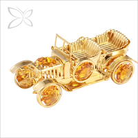 Memorable Fancy Gold Plated Metal Wedding Gift For Men