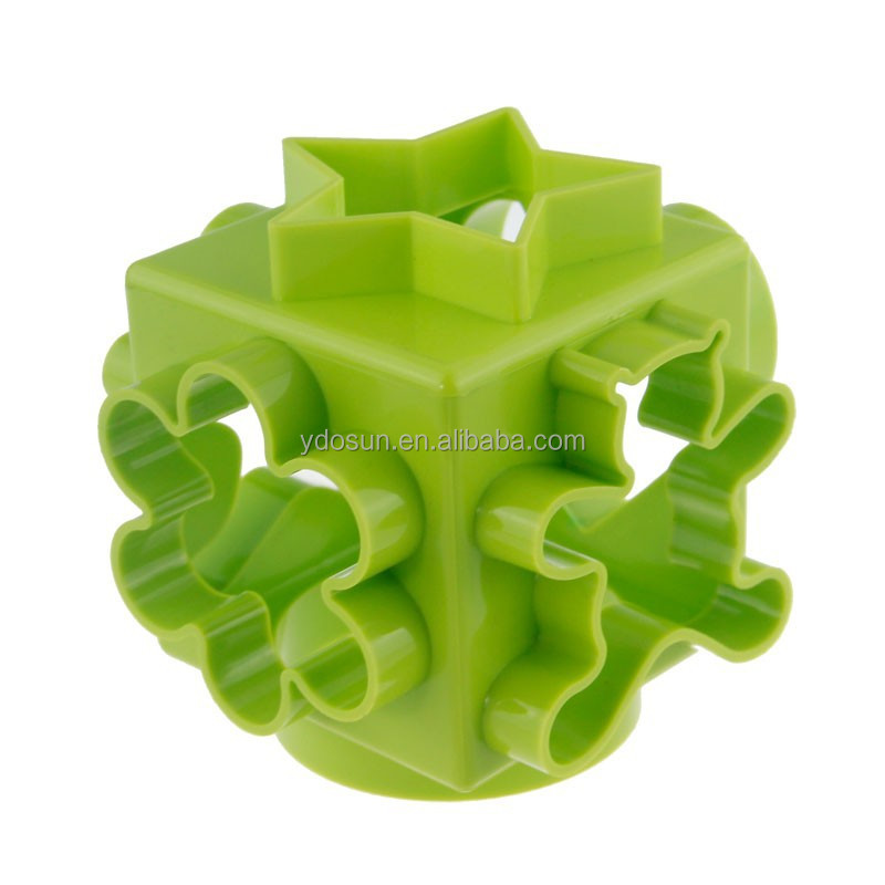 plastic different shapes biscuit cookie mould