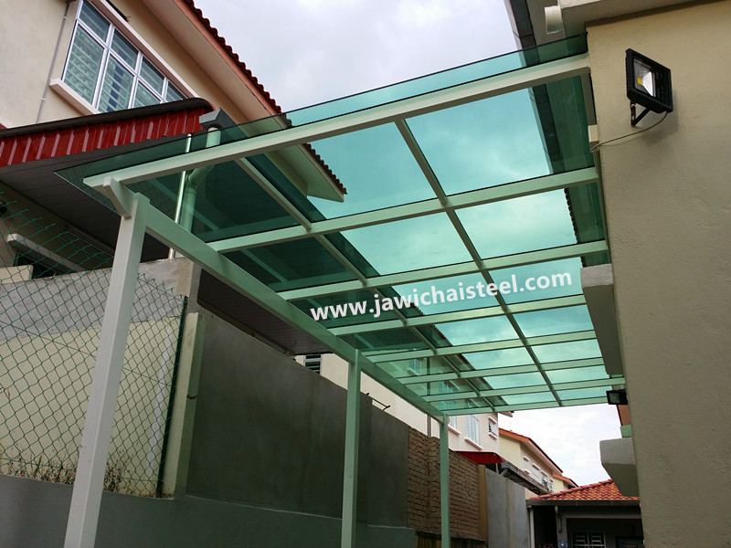 AWNING WITH GLASS