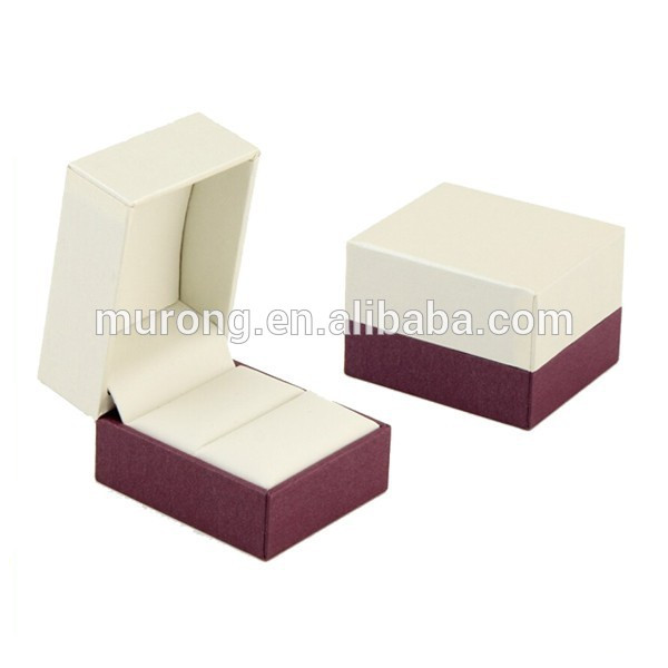 Modern hinged jewelry box for finger ring