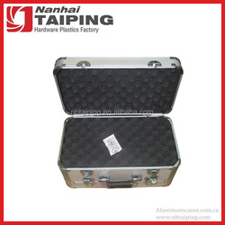 Aluminum Framed Locking double layer four pistol carrying case