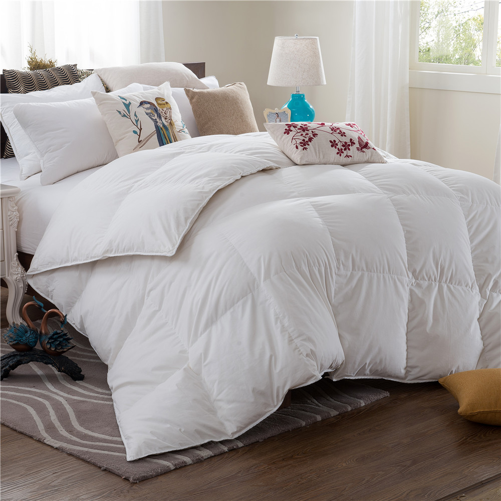 Wholesale Soft Full King Winter Hotel White Goose Down Thick Quilt