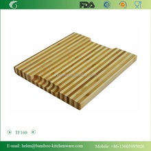 TF160/Fashion stripe bamboo chopping block with two notches, portable two-tone bamboo cutting board