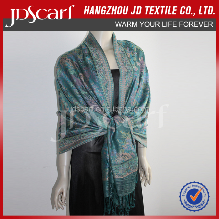 Factory direct new style spring winter Crocheted Long Shawls