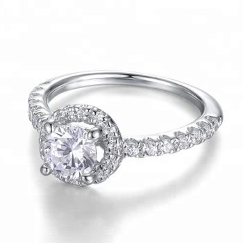 Good Quality Wholesale 18K White Gold Diamond Engagement Ring Exporter