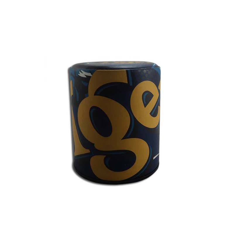 2019 Promotion Debosse Logo Leather Dice Cup Dice Game Shaker Cup with Poker Dices