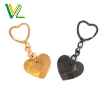 Customized trendy Die Casting Heart Rose Gold black nickel O Ring Souvenir Key Chain for woman