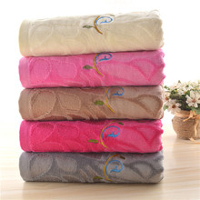 Hot Selling Creative Weak Twist Unique Bath Towels With Embroidery