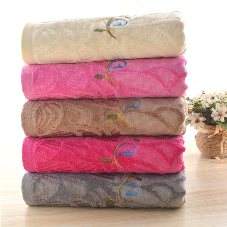 New Products Creative Weak Twist Bath Towel With Embroidery