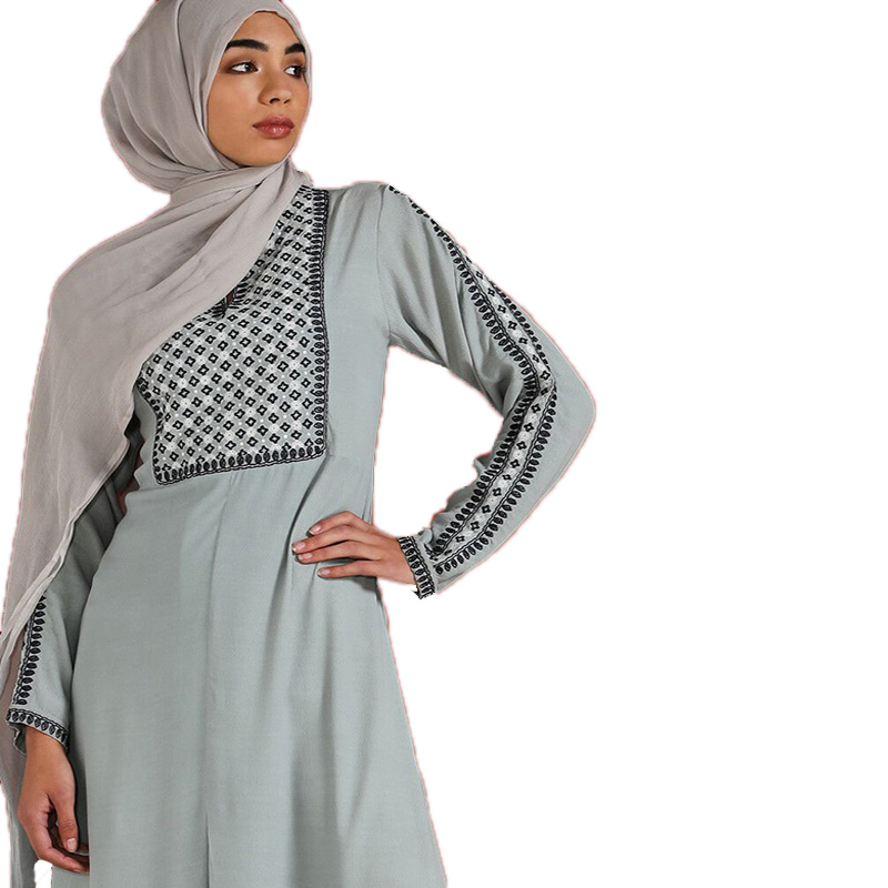 Wholesale Muslim Clothes Embroidery casual Autumn Dress