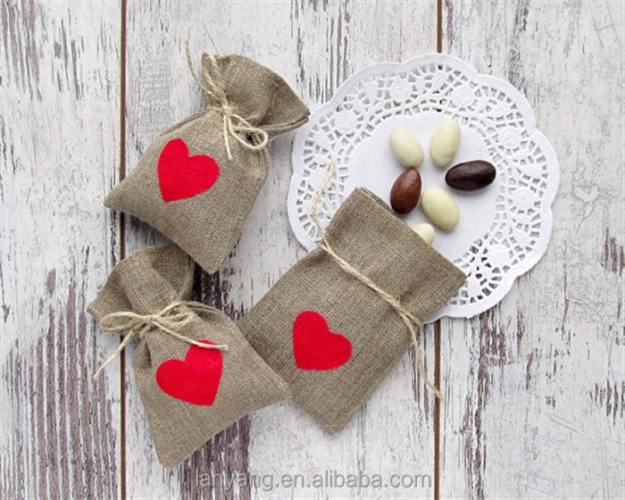 Red Hearts Wedding Favor Bags Burlap Rustic Gift Candy Bags Shabby Chic Buffet bags