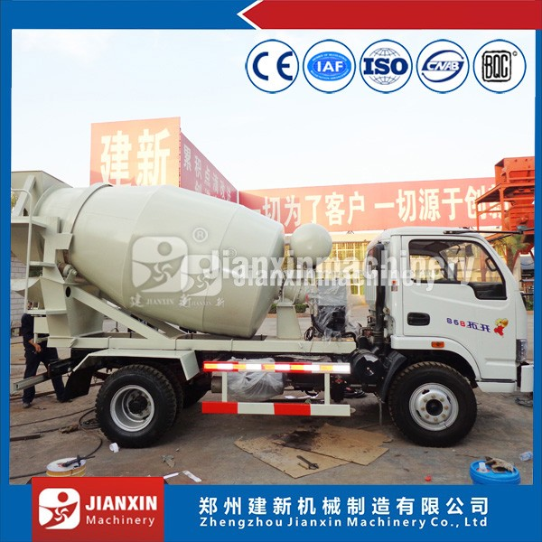 China low cost light weight small concrete mixer truck