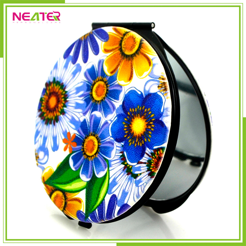 Top quality round metal flower pu leather pocket mirror for makeup