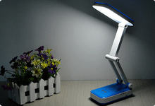 Rechargeable led desk lamp with internal battery