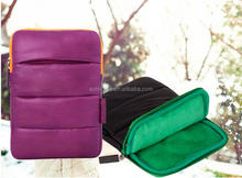 Lightweight, flexible puffy laptop sleeve
