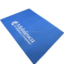 Polyester printed king size customized brand logo promotion gift new year buy christmas table runner