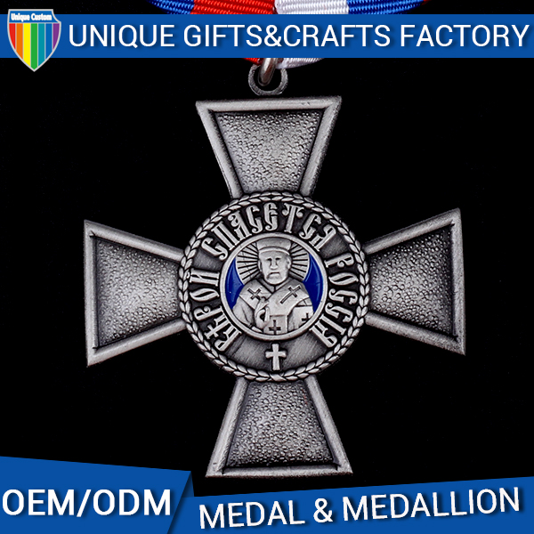 China supplier ODM custom iron cross medal metal