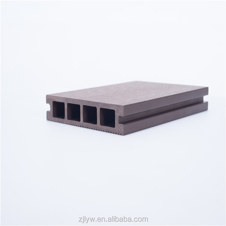 Prevent slippery high quality wood plastic composite outdoor floor decking